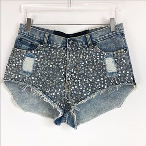 One teaspoon Embellished distress short size 9